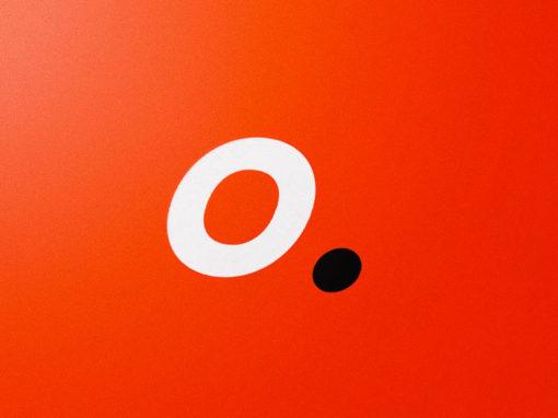Refonte du logo et de l'identité visuelle de l'agence Oonops